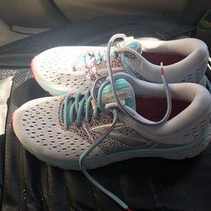Women's Brooks Glycerin 16 Running shoes sz 10